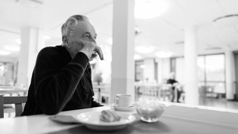 Warum Mangelernährung vor allem bei älteren Menschen auftritt und was man dagegen tun kann: Hausarzt Dr. Thomas Moser im Kurzinterview.