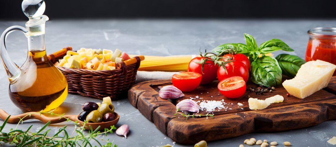 Die Mediterrane Küche ist gut gegen Choleserin.